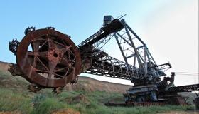 5 брошенных гигантских конструкций со всего света