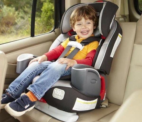 Дити в машине фото